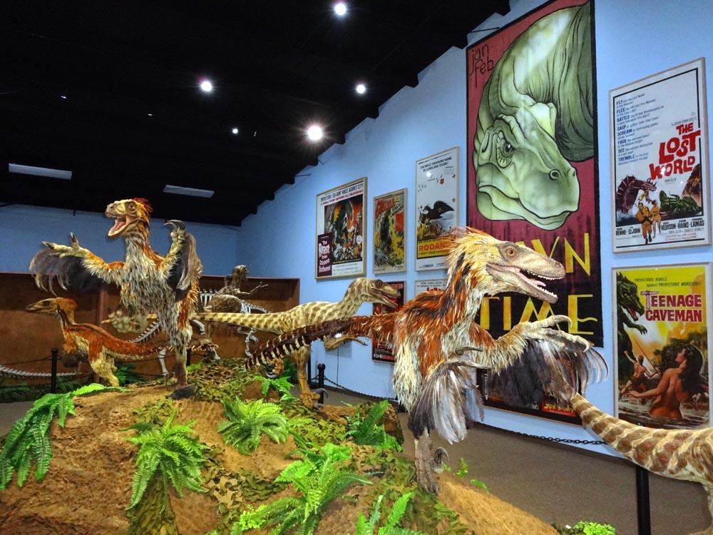 the dinosaur museum in blanding utah
